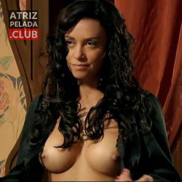 Suzana Pires pelada mostrando seus peitos deliciosos