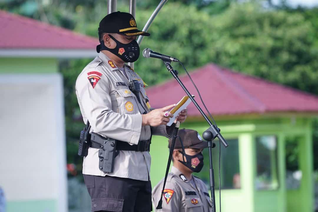 Kapolres Tebingtinggi Memimpin Upacara Gelar Pasukan Operasi Lilin Tahun 2020