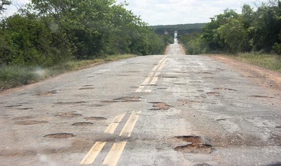 Resultado de imagem para cecilia petrina em salvador estrada esburacada