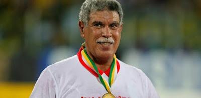 وزير الرياضة يستقر على تعيين حسن شحاتة مديرًا فنيًا لمنتخب مصر