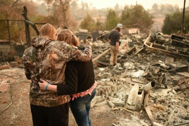 #TopStory,#Disaster- #TrueNews : Californians left homeless by wildfire now face heavy rain and mud .