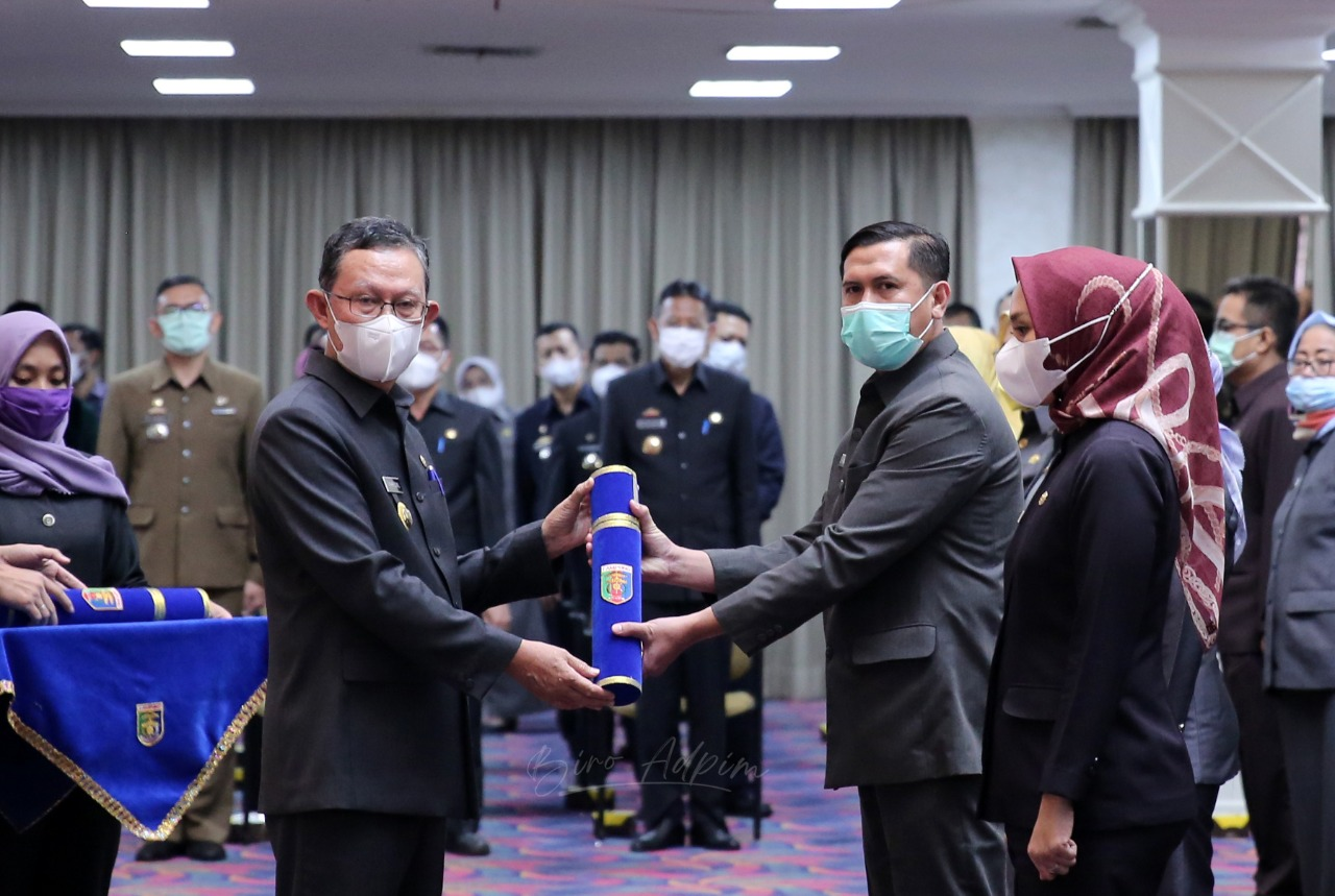 Pelantikan 90 Pejabat Eselon III di Lingkungan Pemprov Lampung, Gubernur Arinal Minta Lakukan Terobosan sesuai Era Revolusi Industri 4.0