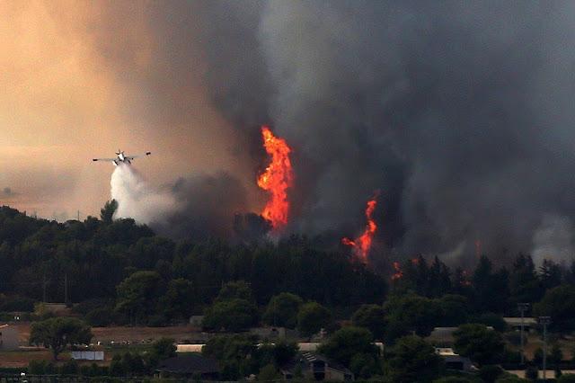 Νεα φωτιά στη Μεσσηνία: Εκκενώνονται χωριά - Αναζωπύρωση και στο χθεσινό μέτωπο
