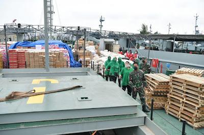 TNI AD KerahkanT3 Kapal,  Angkut Bantuan Kemanusiaan Menuju Kalsel dan Sulbar