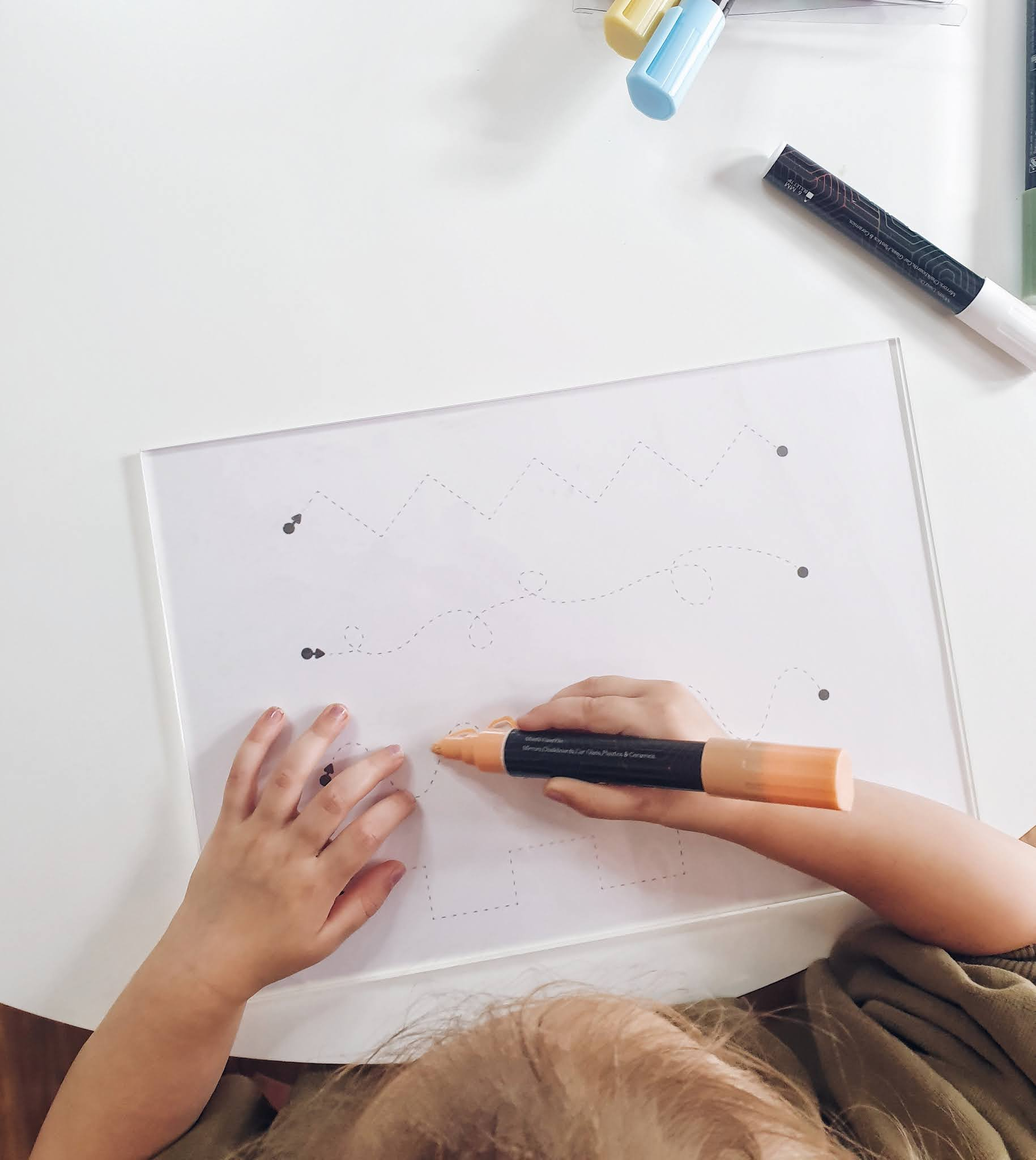 DIY Toddler perspex trace board