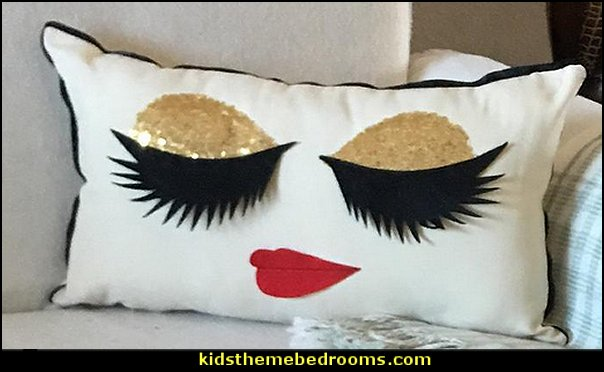 Eyelash Pillow with hot lip
