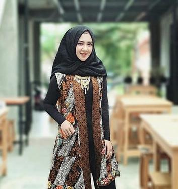 50 Model Baju Batik Atasan Wanita Terbaru 2019 Modis