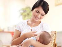 Tips Bahagia Menyusui Bayi