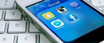 Através de decreto prefeito proíbe servidor de usar rede social e jogos durante expediente