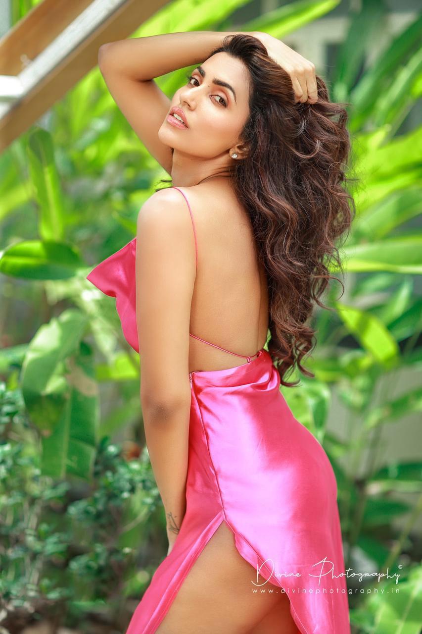 Akshara Gowda Photo Gallery