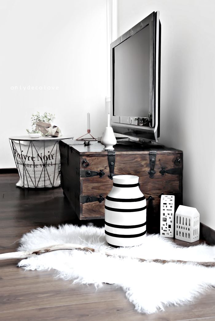 only deco love k hler omaggio vase giveaway. Black Bedroom Furniture Sets. Home Design Ideas