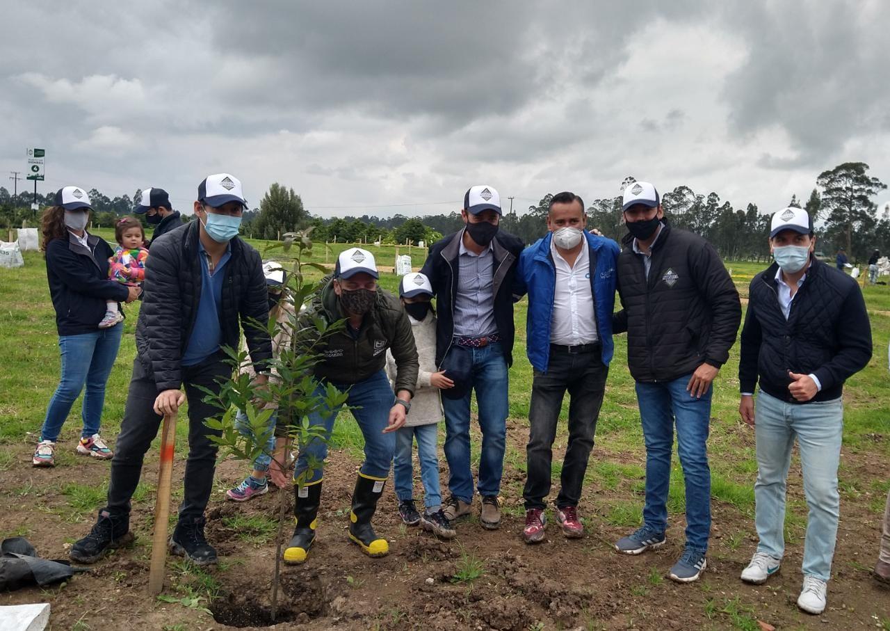 https://www.notasrosas.com/Constructora Capital sembrará 850 árboles con el respaldo de Minambiente y en coordinación con la Corporación Novaterra