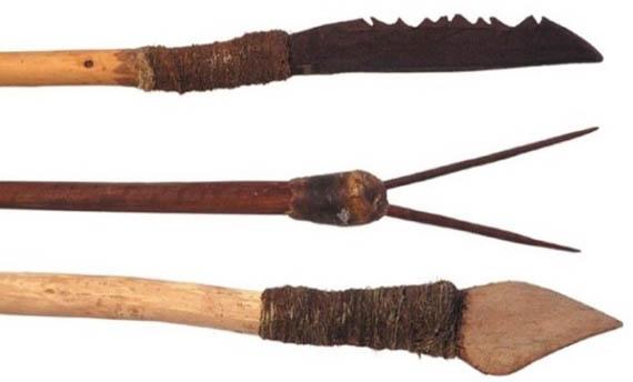 Senjata Tradisional Tombak Papua