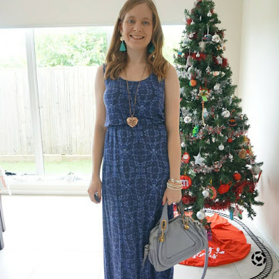 awayfromtheblue Instagram | Jeanswest navy printed maxi skirt with periwinkle small paraty bag gold accessories boxing day Christmas outfit