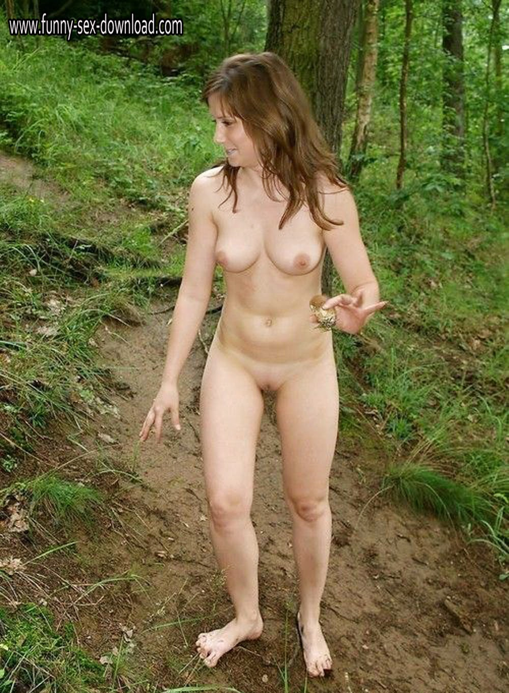 walking naked xxx