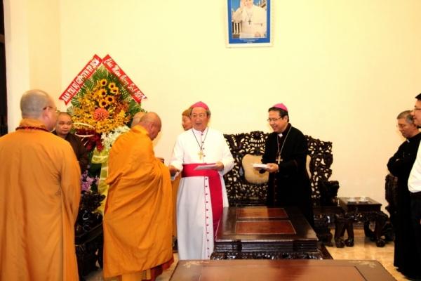 Thành hội Phật giáo chúc mừng Giáng sinh tới tổng giáo phận Sài gòn - Ảnh minh hoạ 10