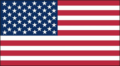 A foto mostrs a imponente bandeira dos Estados Unidos da America.