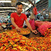 """Harga Sembako di Pasar Tradisional Karawang Masih """"Melangit"""""""