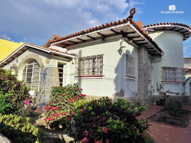 Vista ampla de uma Residência antiga na Rua Padre Marchetti - Ipiranga - São Paulo