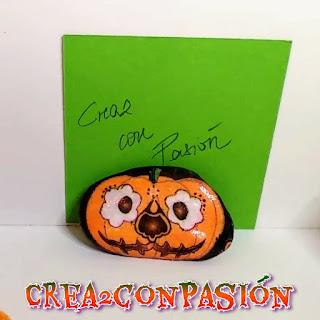 Piedra-pisapapeles-diy-para-halloween-con-decoupage-crea2-con-pasion