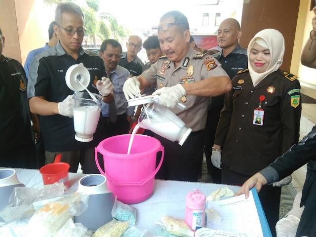 Polda Sumsel Musnahkan 2,3 Kg Sabu dan 18.460 Ekstasi