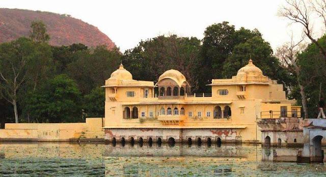 Sukh Mahal