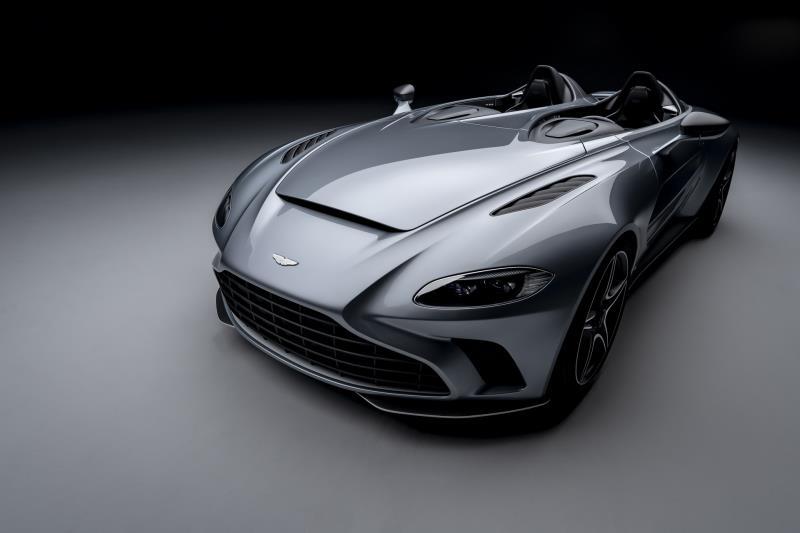 Aston Martin V12 Speedster bản giới hạn công suất gần 700 mã lực