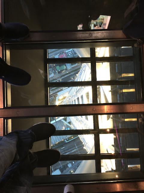晴空塔玻璃地面