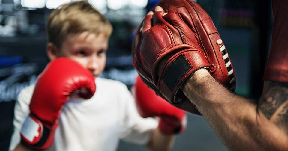 Картинка тренер по боксу