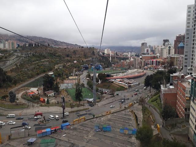 In La Paz und der Oberstadt gibt es diverse Seilbahnen. Ich habe fast alle Linien abgefahren und einen wunderbaren Blick auf die Stadt gewonnen.