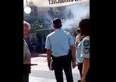 Βίντεο ντοκουμέντο από την επίθεση πλανόδιου σε αστυνομικό στον Λάμποβο