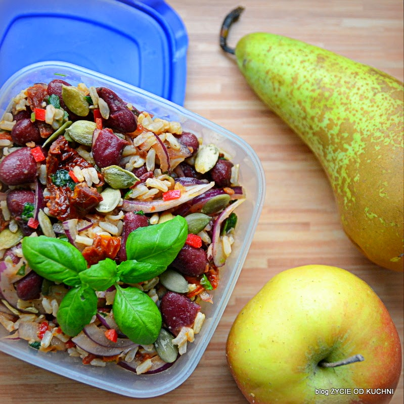 pazdziernik sezonowe owoce pazdziernik sezonowe warzywa, sezonowa kuchnia, pazdziernik, zycie od kuchni, salatka do pracy,