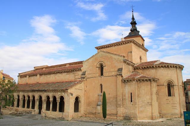 Сеговия, Испания – церковь (Segovia, Spain – church)