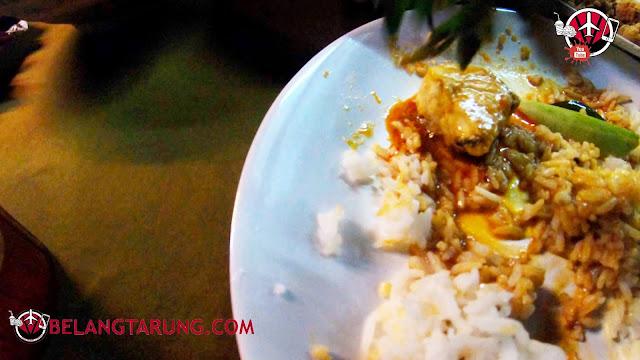 Makan Nasi Panas dan Gulai Panas Di Halim GP