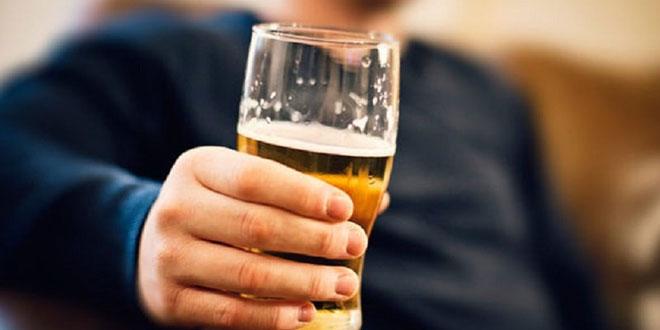 Meski Sepele, Kebiasaan Minum seperti Ini Merusak Pola Makan Anda