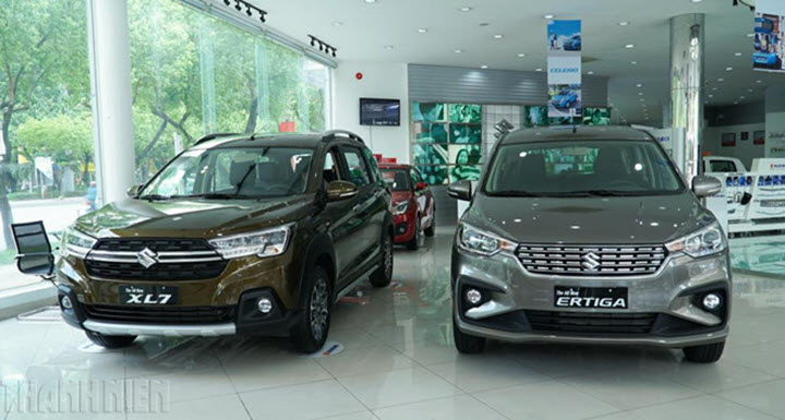 Nhỉnh hơn 30 triệu đồng, Suzuki XL7 đáng giá hơn 'đàn anh' Ertiga?