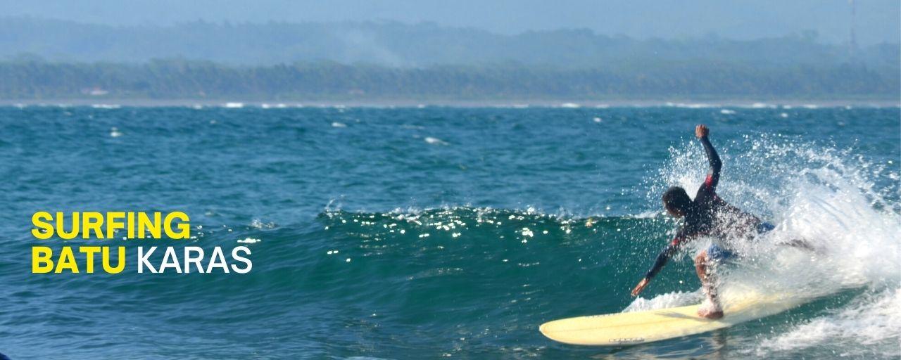 belajar selancar di pantai Batu Karas Pangandaran