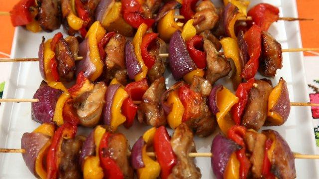 nurselin mutfagi sebzeli tavuk şiş