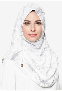 Jilbab Instan Warna Putih untuk Lebaran