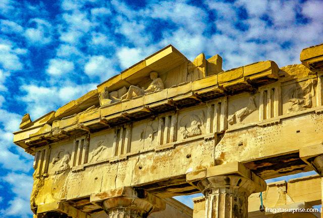 Frisos de Fídias na fachada do Partenon