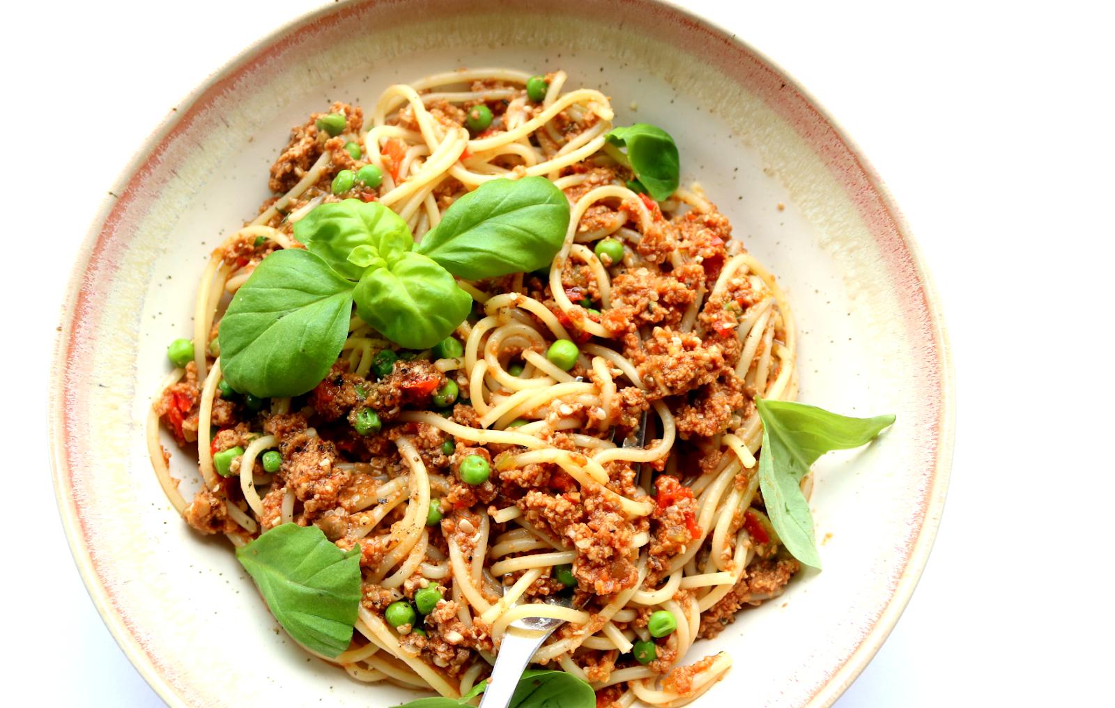 Vegan Spaghetti Bolognese (Dairy-Free recipe) #Veganuary