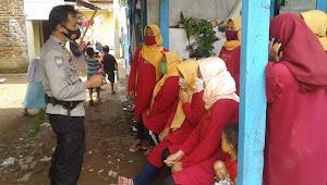 Aipda Haradea Polisi Baleendah Polresta Bandung, Kunjugan ke RW Sosialisasikan Covid