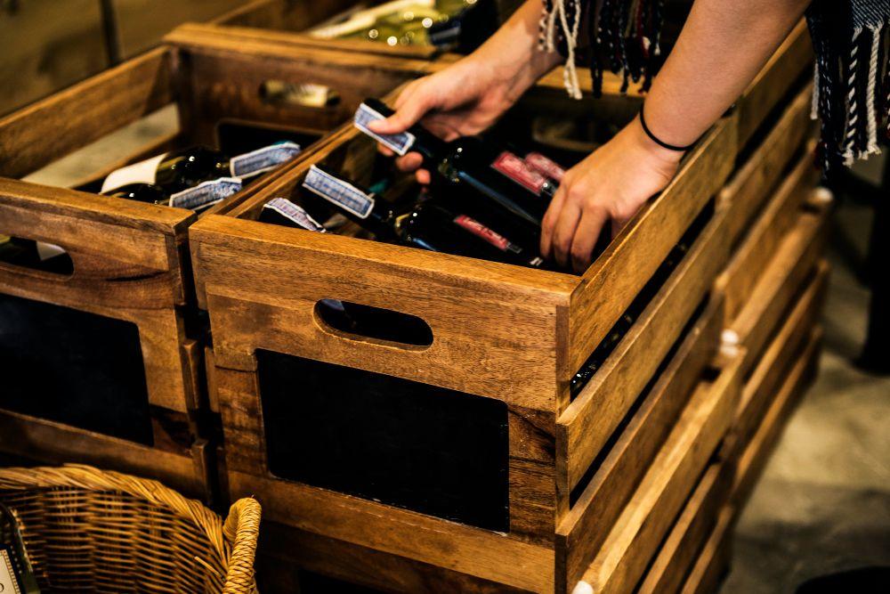 box-of-red-wine