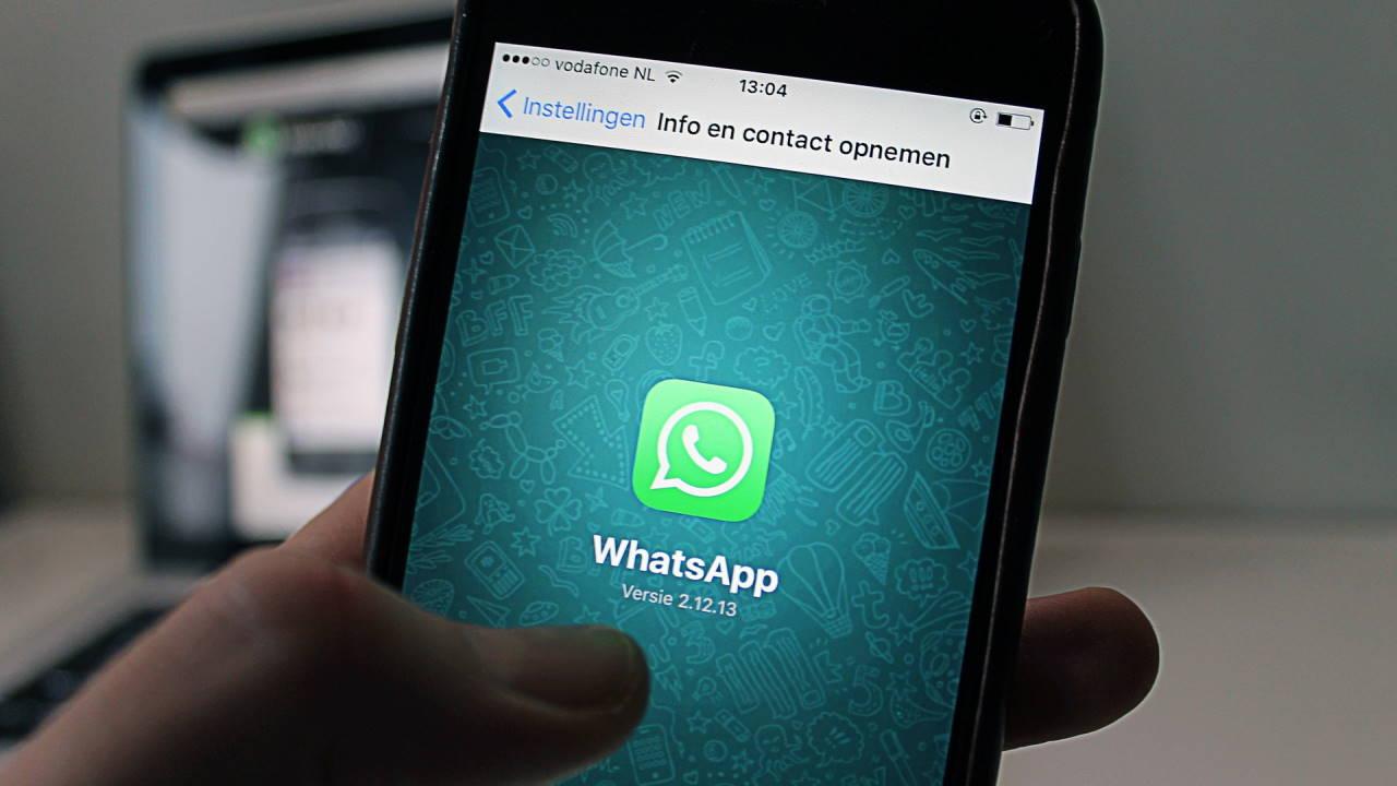 5 Cara Ganti Tema WhatsApp dengan Mudah