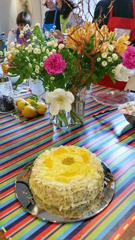 Ricetta Torta mimosa con frutta tropicale