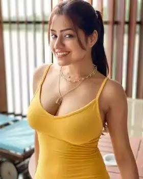 Simran K (Symrann K) Biography, Pictures, Body Measurement, Body Size, Height, Weight, Networth, BF, Family, And More
