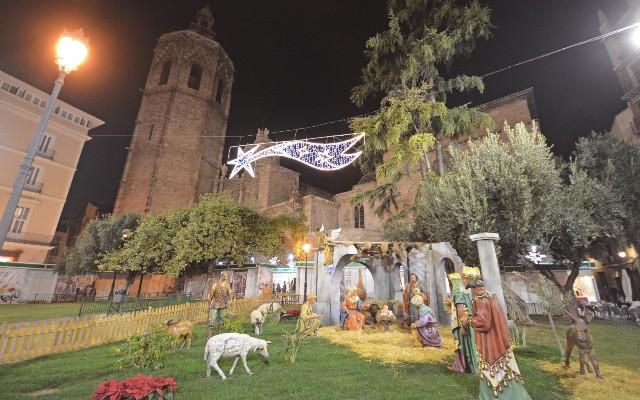 mercatini-di-natale-a-valencia-poracci-in-viaggio