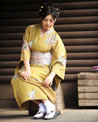 Mayavi Matsunoi model jepang cantik dan manis seksi
