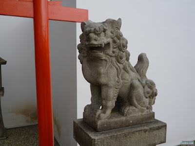 姫嶋神社楠社狛犬