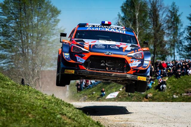 Hyundai World Rally Racing car flying